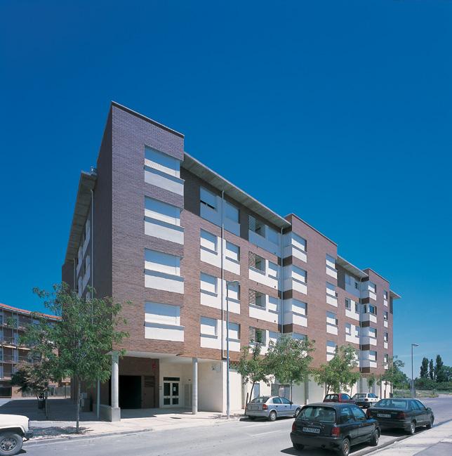 36 viv. VPO, garajes, trasteros y locales en UE-36 B de Tudela