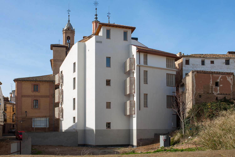 6 viviendas, garajes, trasteros y locales – Rehabilitación en C/ La Reja, 3 – Corella
