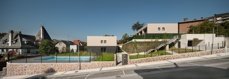 12 viviendas unifamiliares Alto de Miracruz C/Caserío Parada 19 Donostia-San Sebastián