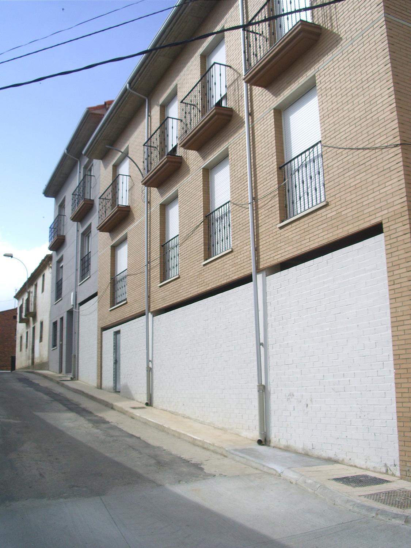 14+1 viv. en Fustiñana (Navarra)